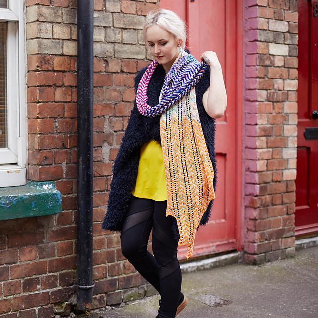 born trippy scarf