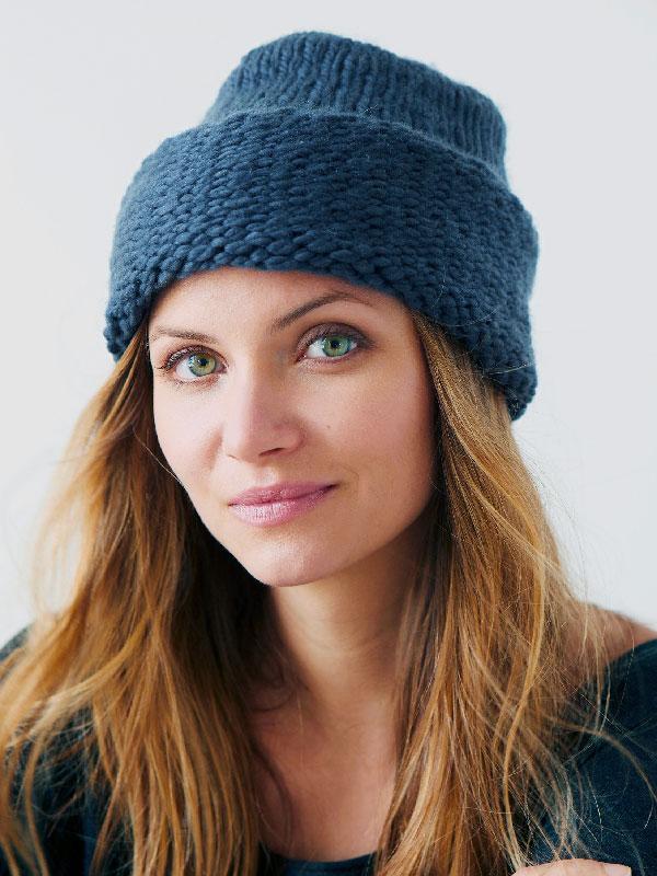 PRIYOME Free Hat Knitting Pattern