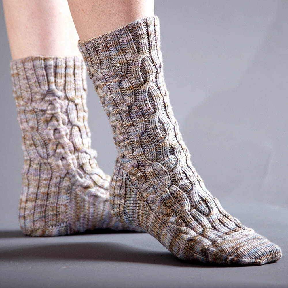 Sprouting Free Cabled Socks Knitting Pattern