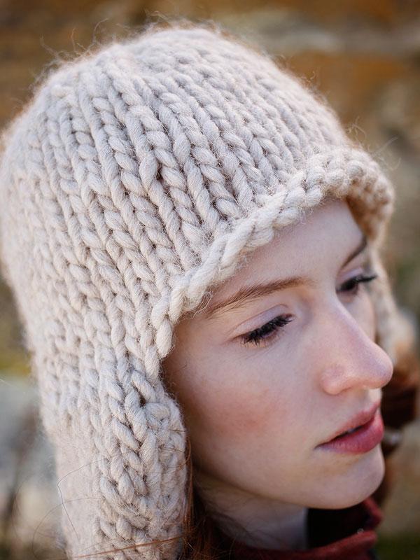Zoya Bulky Yarn Earflap Hat Free Knitting Pattern