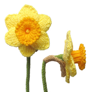 Daffodils Free Flower Knitting Pattern