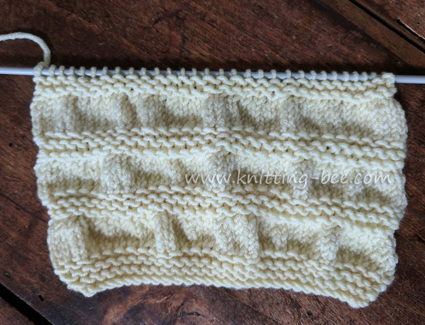 Gathered Stitch Knitting http://www.knitting-bee.com