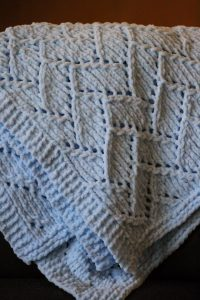 Bulky Baby Blanket Knitting Pattern : Bulky Yarn Baby Blanket Knitting Patterns ? Knitting Bee
