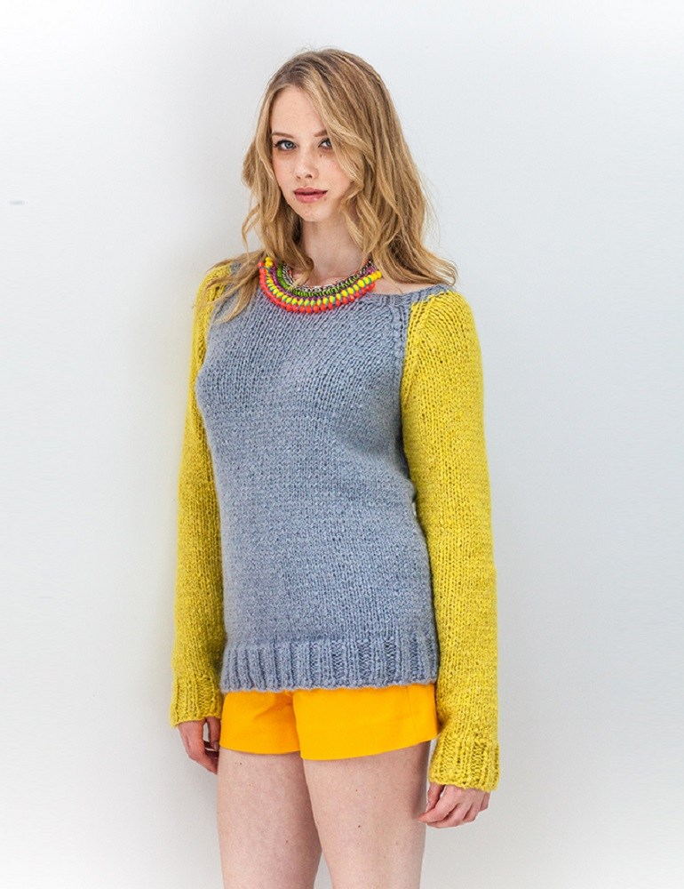 Aimee Contrast sleeve raglan sweater free knitting pattern ...