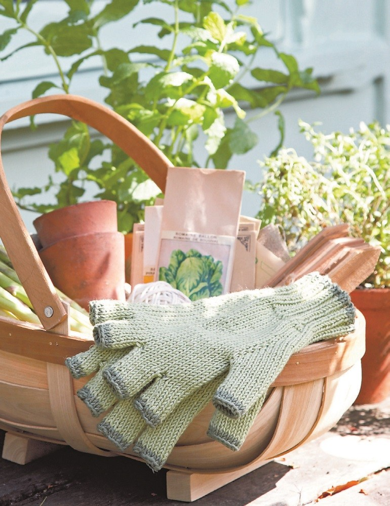 Gardener's Gloves Free Knitting Pattern