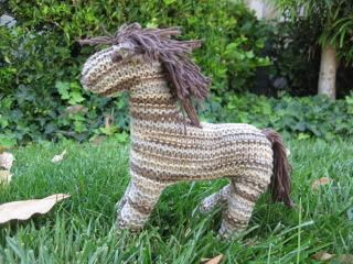 How to Knit a Horse