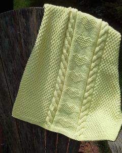 love heart bulky yarn baby blanket knitting pattern free