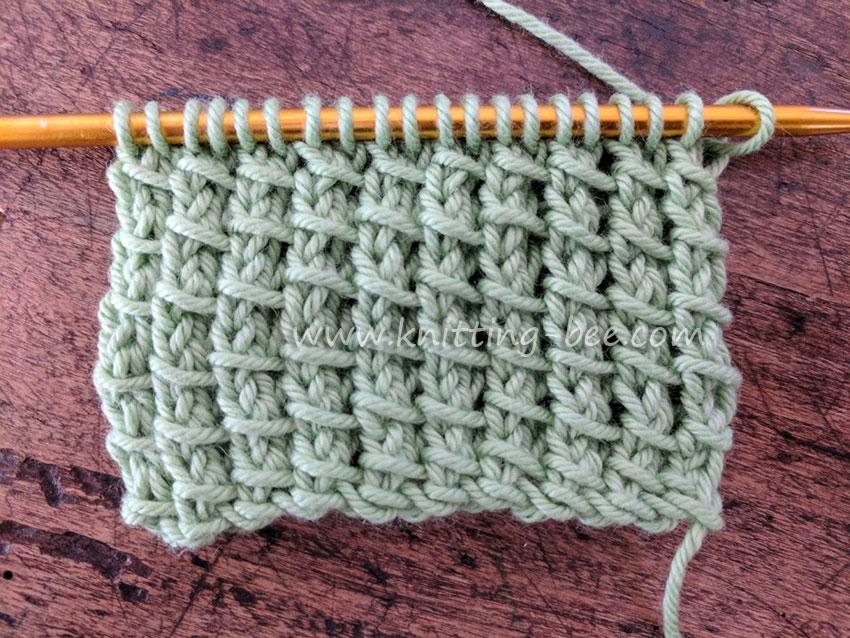 Bamboo Stitch - Free Knitting Stitch by www.knitting-bee.com