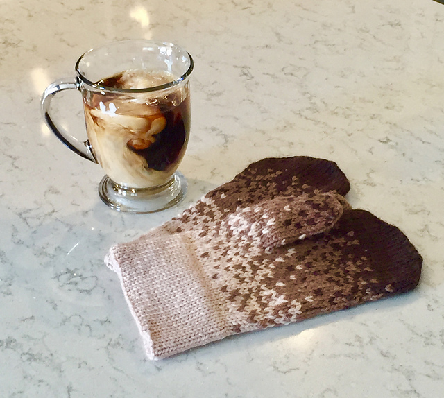 Coffee and Cream Mittens Free Knitting Pattern. Knit your own color work mitts