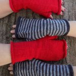 Estilo Fingerless Mitts Free Knitting Pattern Download