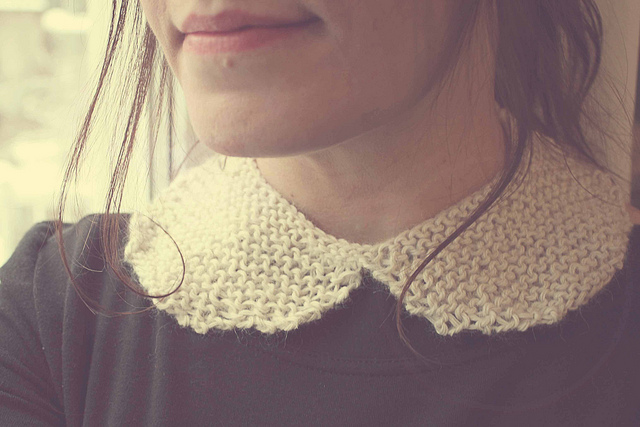 Peter Pan Collar Free Knitting Pattern. Easy collar knitting pattern