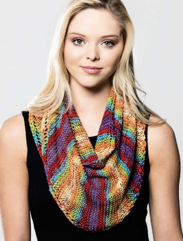 Premier Triangular Scarf Free Knitting Pattern Download. Free scarf knit pattern. Women's free knitting patterns.