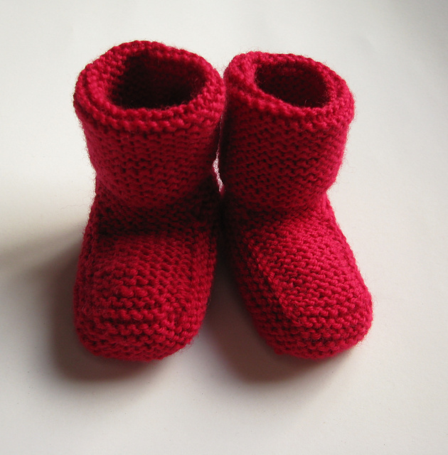 Knitting Patterns For Toddlers Booties : Stay-on baby booties free knitting pattern ? Knitting Bee