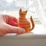 Tiny Window Cat Free Knitting Pattern