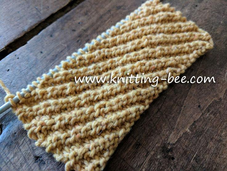 Free Diagonal Knit Stitch Pattern from https://www.knitting-bee.com/knitting-stitch-library/knit-purl-stitches/free-diagonal-knit-stitch-pattern