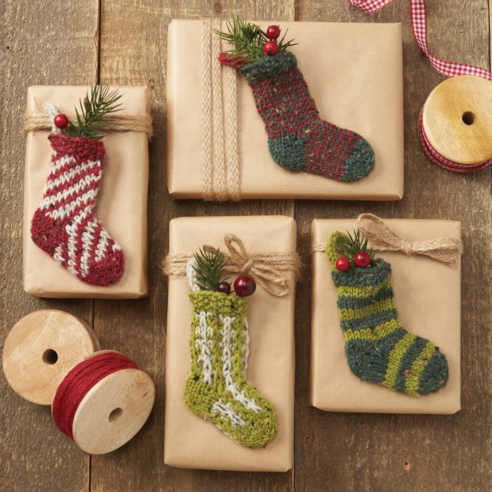 Christmas Knitting Patterns Free Download : Free christmas stocking knitting patterns