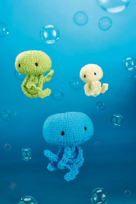 Jellyfish Trio Free Knitting Pattern