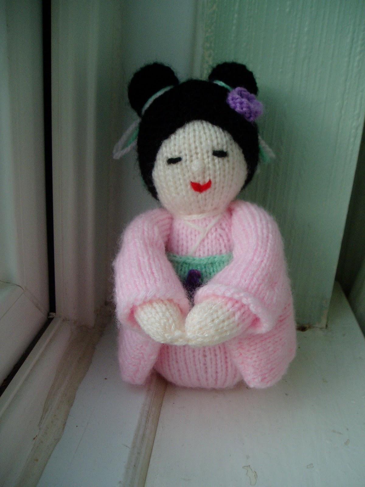 Kokeshi Doll Free Knitting Pattern