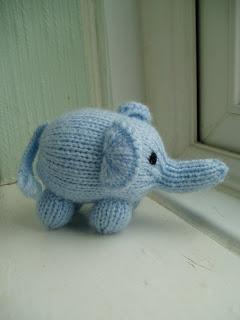 Mini Elephant Free Animal Toy Knitting Pattern