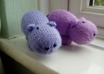 Free Knitting Patterns Mini Animals : Mini Hippo Free Animal Toy Knitting Pattern ? Knitting Bee