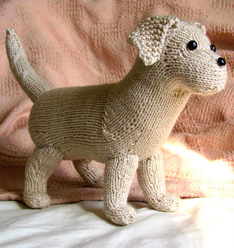 Rufus the Lab Puppy Free Knitting Pattern