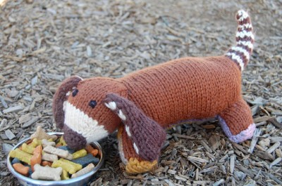 Stuffed Hound Free Dog Knitting Pattern