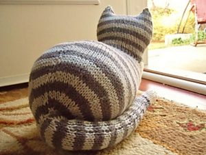 The Parlor Cat Free Toy Knitting Pattern