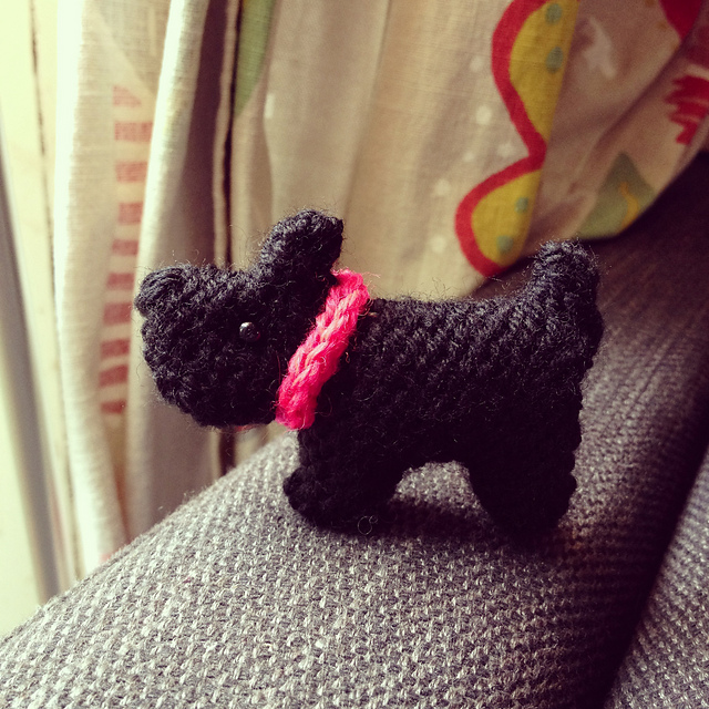 Tiny Scottie Dog Free Knitting Pattern
