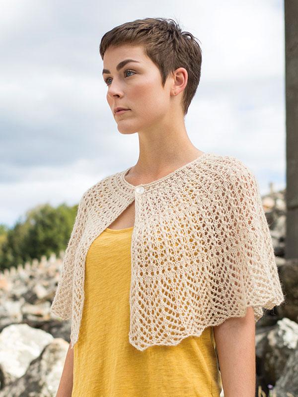 Hantsuki Lace Caplet Free Knitting Pattern