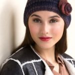 Woman's Rosette Cloche Free Knitting Pattern