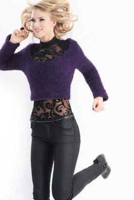 c8981accb Ladies  Cropped Sweater Free Knitting Pattern