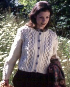 Free Aran cardigan knitting pattern