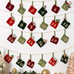 Advent Calendar Gift Pockets Free Christmas Knitting Pattern