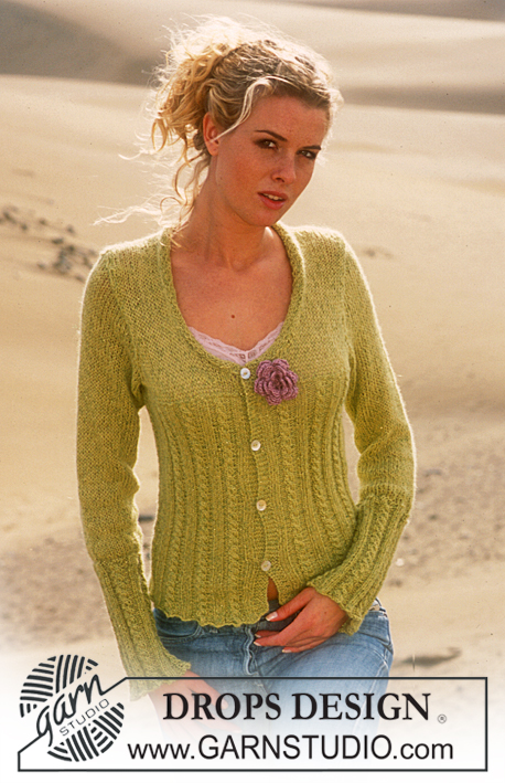 Cardigan in Alpaca with glitter free knitting pattern