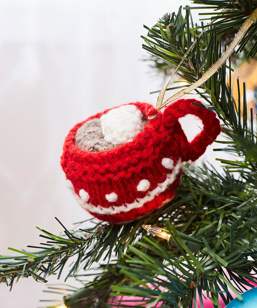 Cup of cocoa ornament free christmas knitting pattern knitting bee bankloansurffo Choice Image