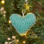 Little Knit Hearts Free Christmas Knitting Pattern Ornament
