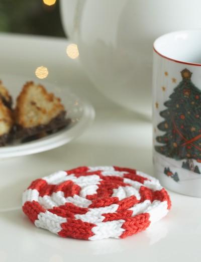 Peppermint Coaster Free Christmas Knitting Pattern
