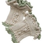Ruffled Wristwarmers Free Knitting Pattern