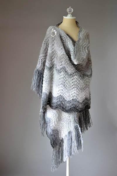 Snowbank Wrap Free Knitting Pattern