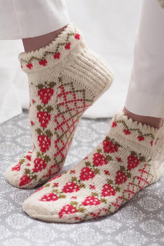 Strawberry Socks Free Knitting Pattern