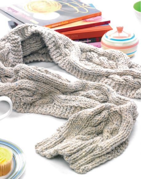 Susan Chunky Cables Scarf Free Knitting Pattern