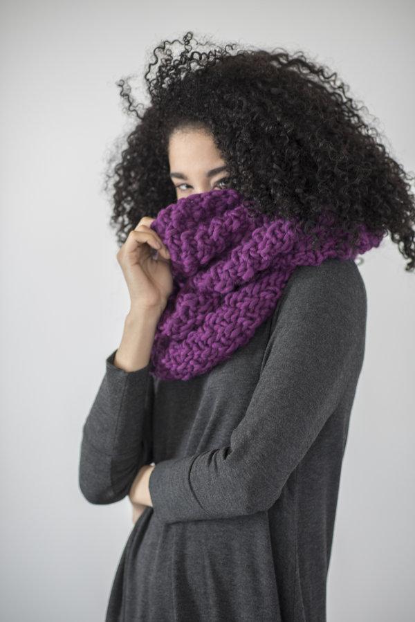 Yura Easy Free Cowl Knitting Pattern