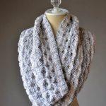 Porthole Cowl Free Knitting Pattern