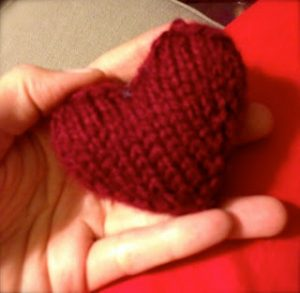 3D Heart Free Knitting Pattern