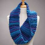 Bulky Yarn Garter Stitch Cowl Free Knitting Pattern