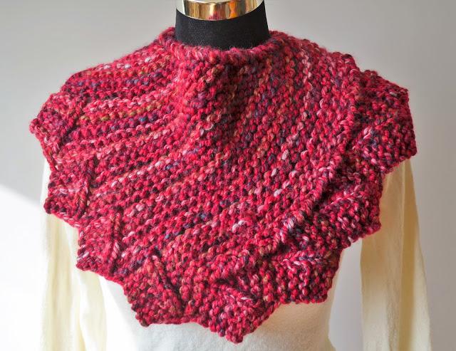 Dragon Fire Cowl Free Knitting Pattern
