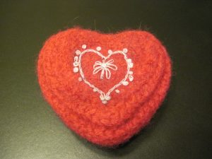 Knitted Felted Valentine Heart Box Free Pattern