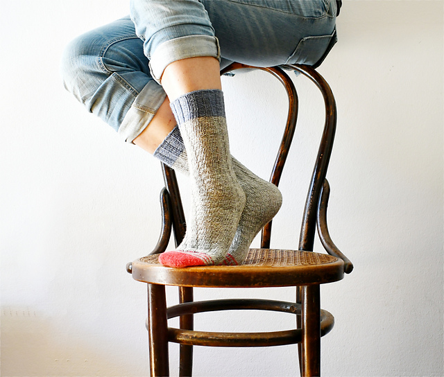 No-Heel SpiralSocks Free Knitting Pattern