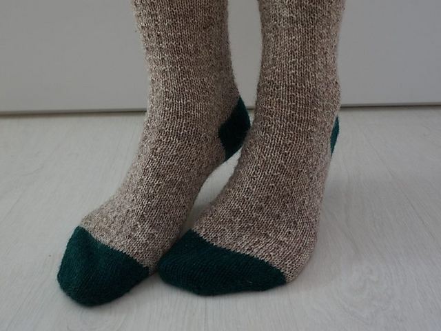 120 + Free Sock Knitting Patterns Perfect for Winter! (134 ...