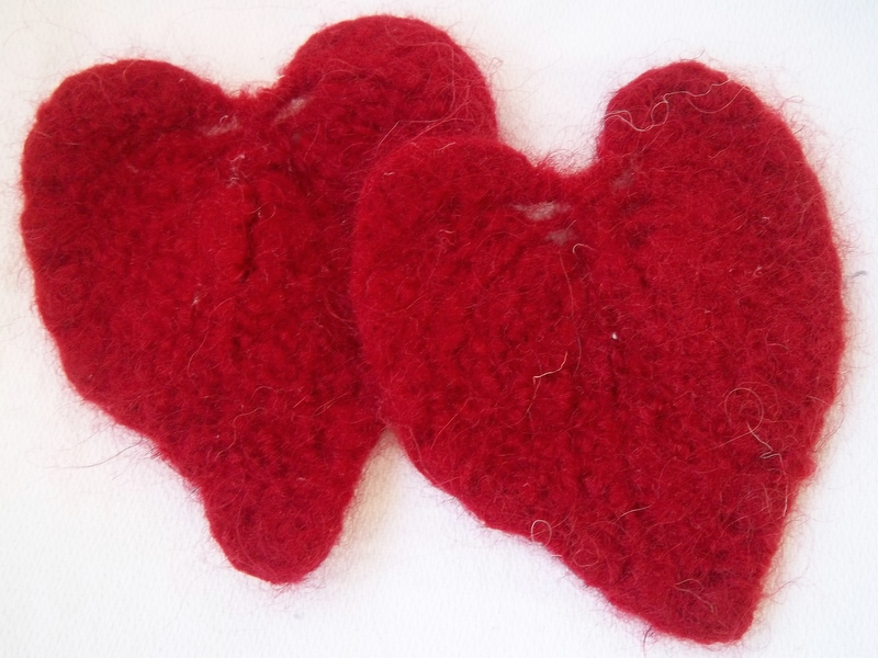 Two Knit Hearts Free Knitting Pattern